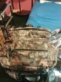 2 small camo back packs Gerrardstown, 25420
