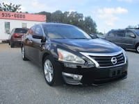 Nissan Altima 2013 HOLIDAY