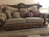 brown and black floral fabric sofa Glendale Heights, 60139