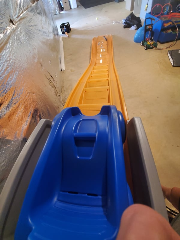 Hot wheels roller coaster kids slide 3af793d3-50c2-471d-8ca2-949ee7ccb6e3