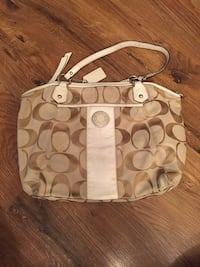 Excellent condition Coach tote bag Mississauga, L5R