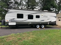 2016 26 foot Salem Cruise Travel Trailer 61 km