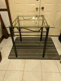 Dining Table, square, glass top Whitchurch-Stouffville