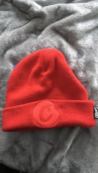red and white knit cap Stockton, 95215