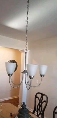 New chandelier 5 lights Hyattsville
