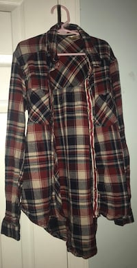 Blue, white, and red plaid shirt Airmont, 10952