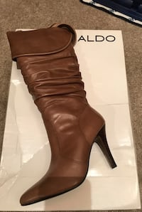 Unpaired brown aldo leather heeled wide-calf boot Mount Airy, 21771
