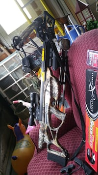 black and red compound bow 210 mi