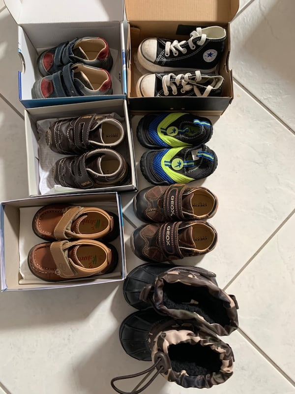 Boys size 4 and 5 Shoes 0ae90680-9698-4515-a35c-b5565d871127