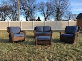 Hampton Bay Wicker Patio Set