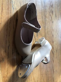 Girl Tan Barbette Mary Jane Tap Shoes Size 10M - Like New!!