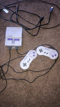 SUPER NINTENDO WITH 21 PRE LOADED GAMES  Temecula, 92590
