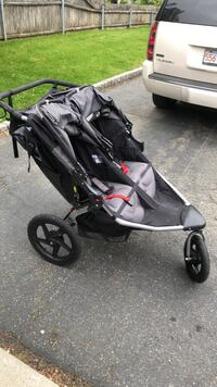 BOB double stroller with cup holder. barely used! Woburn, 01801