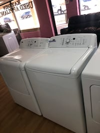Kenmore Oasis Washer and Dryer Set  47 km