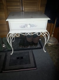 Neat vintage side table, iron legs,has drawer also...firm price... Corbyville