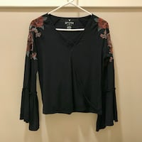American Eagle Embroidered Bell Sleeve Blouse (S/P) Vancouver, V6M