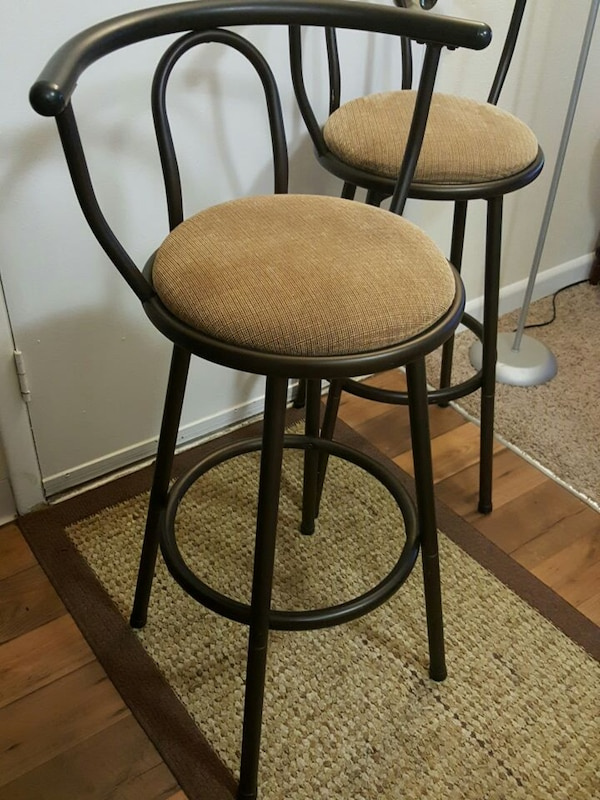 Used Pair Of Bar Stools Counter Stools 30 For Sale In Knoxville