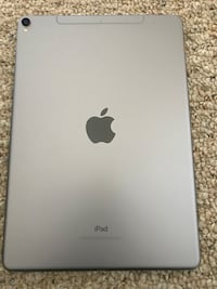 Verizon iPad Pro 10.5 64gbs with keyboard and stand