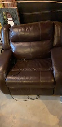 Double wide Recliner electric movement Hagerstown, 21740