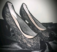 Women's Guess Peep toe Sexy Black Lace Heels 9M Oakbrook Terrace, 60181