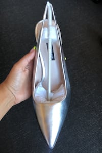9.5 Nine West Womans Heels Toronto, M6G