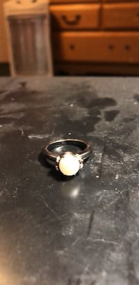 silver-colored ring with clear gemstone Santa Fe, 87507