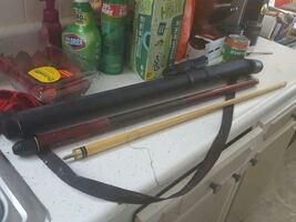 POOL STICK,AND CASE OBO
