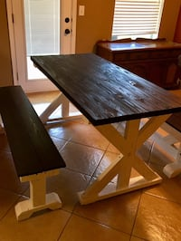Farmhouse X dining table and Benches Humble, 77346
