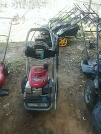 black and red push mower Fayetteville, 28314