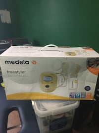 Never used in original packaging still medela double breast pump