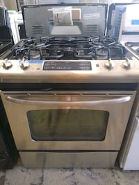 stainless steel gas Stove excellent condition 4 months of warranty Bowie, 20715