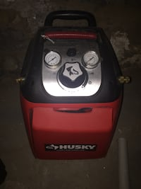 135psi air compressor with hose, and a nail gun Columbus, 43205