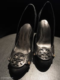 Authentic Tory Burch heels size 8 Vancouver, V5T 1Z7