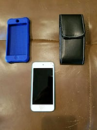 Ipod touch 5th gen +2 cases Silverton, 97381