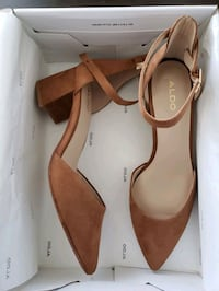 Brand new shoes size 7.5 Toronto, M3C 1T1