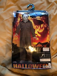 Michael Myers costume  12-14 large kids  Toronto, M9C 1C4