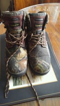 Thinsulate insulated boots  Calgary, T2B 2V4