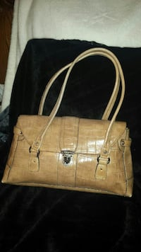liz Claiborne Leather  purse Lincoln, L0R