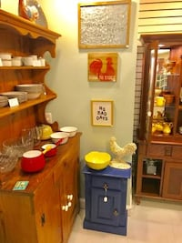 Collectable glassware, Pyrex, pottery, and china sale 22 mi