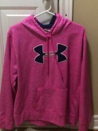 Pink under armour pullover hoodie Niagara-on-the-Lake, L0S 1T0