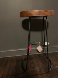 Bar stool- black and wood Alexandria, 22312