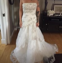 Wedding dress size 6 + veil Lloydminster (Part), S9V 2J4