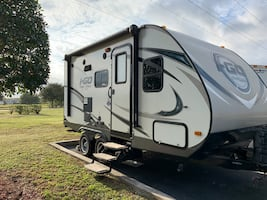 Evergreen FDS189 Travel Trailer iCloud 20ft Excellent Condition