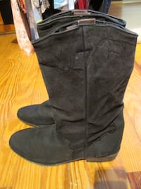 Womens Suede Cowgirl Boots! Size 8 1/2
