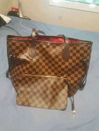 brown Louis Vuitton purse Langley, V3A 1A2