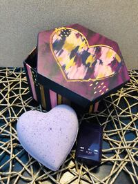 Heart Bath Bomb Gift Set  Winnipeg, R2J 4A5