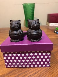 Iron matching Owl with gift bag included and box.  Toronto, M4M