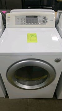 Lg electric dryer 27inches.  Hempstead, 11550