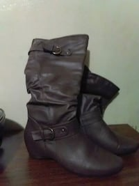 New Leather boots Port Alberni, V9Y 1V2