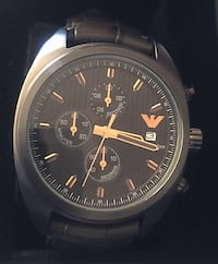 round black chronograph watch with black leather strap Columbia, 21045